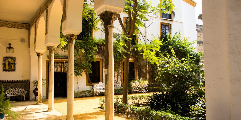 Palacio de las Dueñas, photographed by Robin Custers